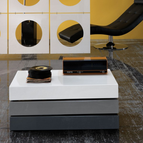table basse design rectangulaire table basse coffre. Black Bedroom Furniture Sets. Home Design Ideas