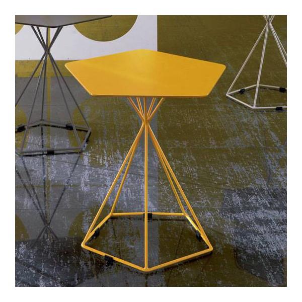 table d 39 appoint blanche table appoint jaune originale. Black Bedroom Furniture Sets. Home Design Ideas