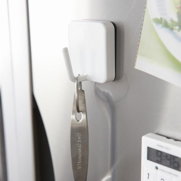 accroche torchon magn tique crochet aimant de rangement. Black Bedroom Furniture Sets. Home Design Ideas