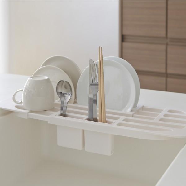 petit egouttoir vaisselle blanc plat tower cuisine yamazaki. Black Bedroom Furniture Sets. Home Design Ideas