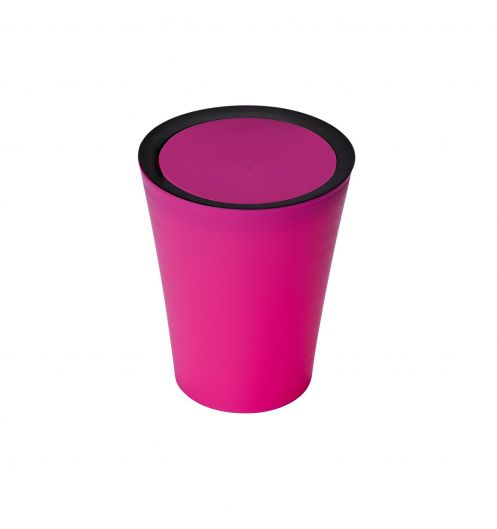 petite poubelle salle de bain rose poubelle plastique. Black Bedroom Furniture Sets. Home Design Ideas