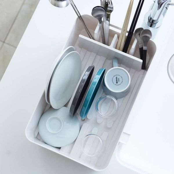 egouttoir vaisselle blanc avec compartiments egouttoir. Black Bedroom Furniture Sets. Home Design Ideas