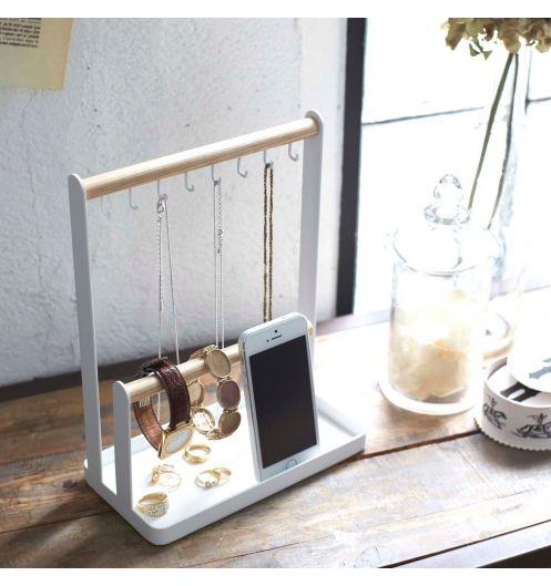 porte bijoux fait maison en bois blitz blog. Black Bedroom Furniture Sets. Home Design Ideas