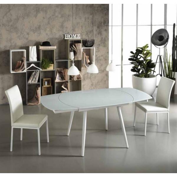 Table a manger ovale d coration de maison - Table ovale en verre salle a manger ...