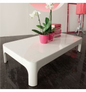 Table basse salon design blanche