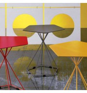 Table d'appoint marron design