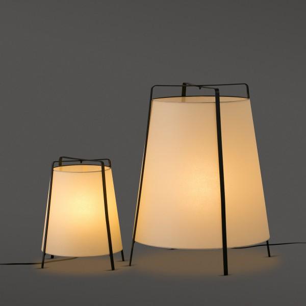 lampe moderne et originale lampe poser. Black Bedroom Furniture Sets. Home Design Ideas