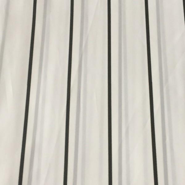rideau de douche noir rideau de salle de bain. Black Bedroom Furniture Sets. Home Design Ideas