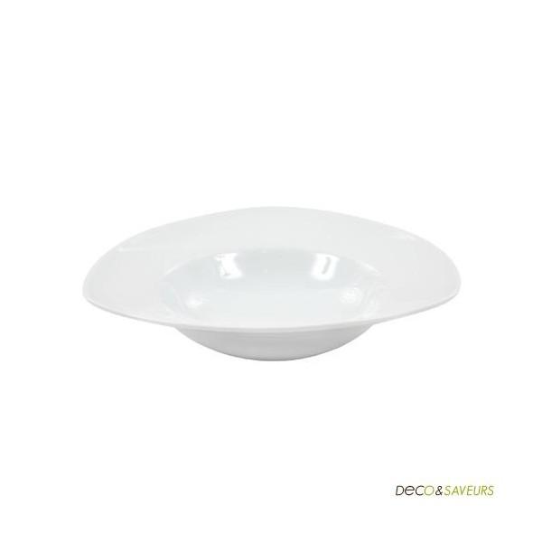 assiette a pates porcelaine blanche triangulaire art de. Black Bedroom Furniture Sets. Home Design Ideas