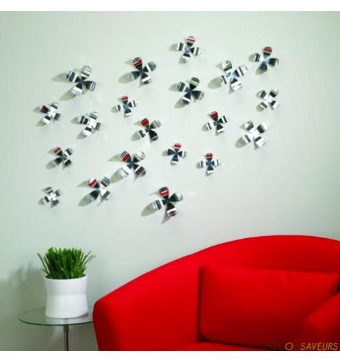 fleurs argent es umbra d coration murale. Black Bedroom Furniture Sets. Home Design Ideas