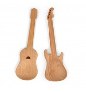 Couverts à salade en bois guitare Kikkerland